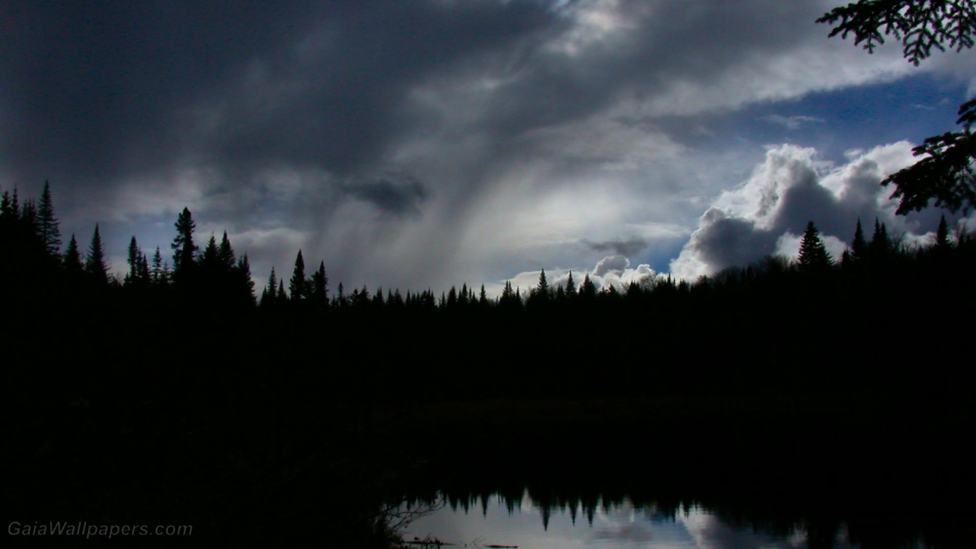For t sombre sous les nuages de pluie fonds d 39 cran for Fond ecran sombre