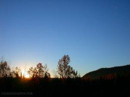 Sunrise in a clear sky desktop wallpapers