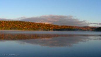 Autumn reflexion on the lake desktop wallpapers