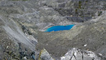 Blue lake at Jeffrey mine desktop wallpapers